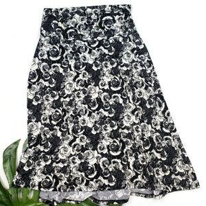 HTF LULAROE azure skirt size MEDIUM